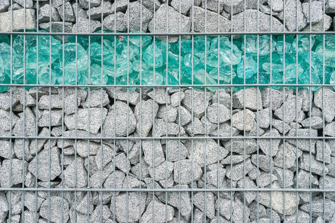 la cl ture gabion ou le mur en pierre grillag