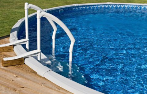 les nouveaux styles de piscine. Black Bedroom Furniture Sets. Home Design Ideas