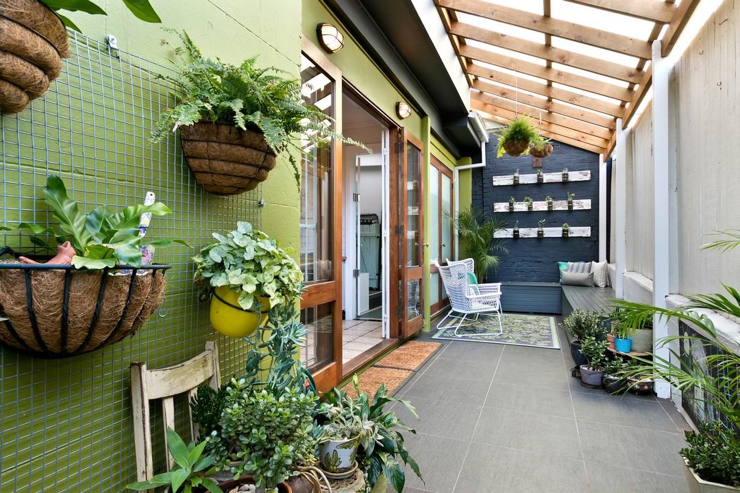 transformer sa pergola en v randa une option possible. Black Bedroom Furniture Sets. Home Design Ideas