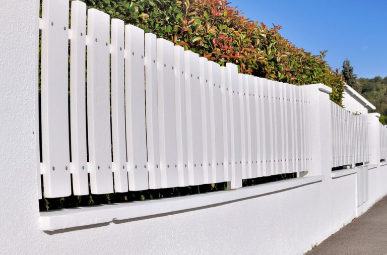 Les portails en PVC : atouts