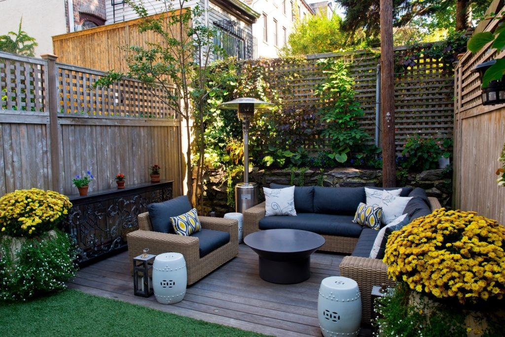 petite terrasse mignone en bois